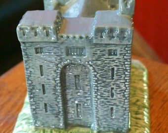 "Vintage Beswick Royal Doulton Group ""Bunratty Castle"" Limited Edition of 5000"