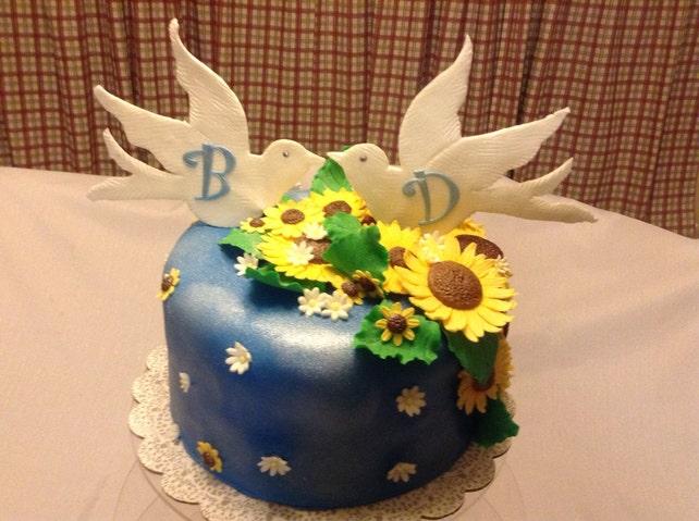 wedding cake topper 2 white dove decorations edible fondant | Etsy