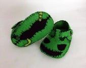 Oogie Baby Shoes, Baby Booties, Baby Slippers, Handmade in Lightweight Felt.