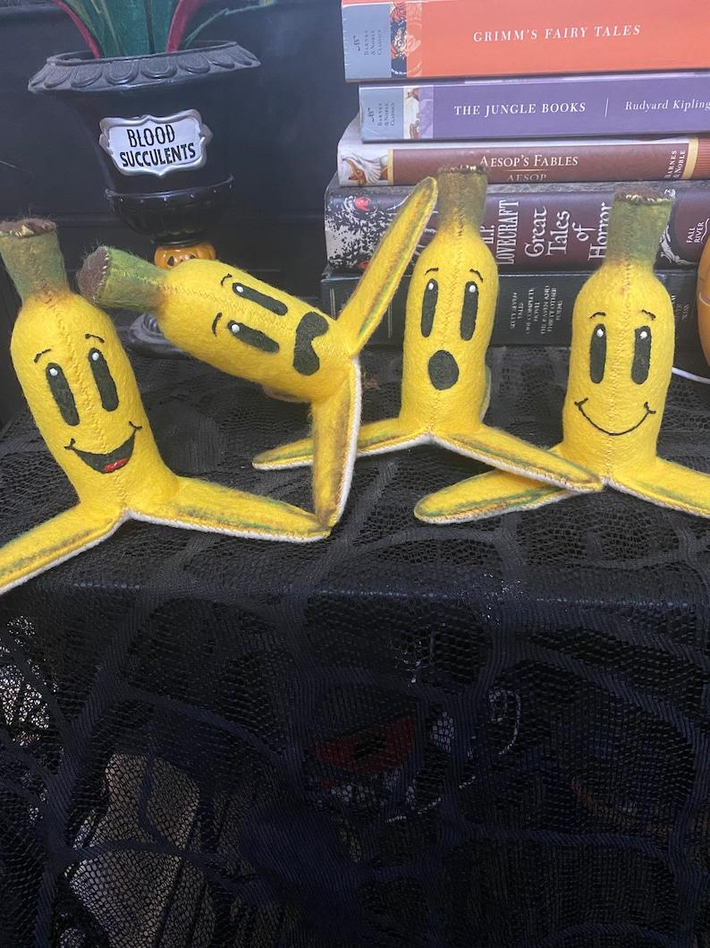 Banana Felt Plush. image 0