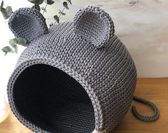 Crochet cat bed, Cat bed, cat cave, Pet Houses, Pet bed,