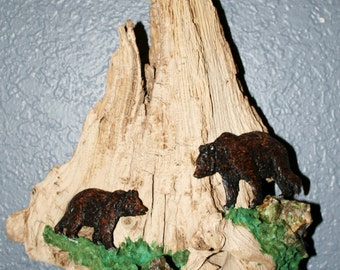 """Handcarved Original Artwork, """"The Old Grizzled Tree"""" with climbing Grizzly Bears"""