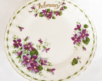 February tea plate - Flower of the Month - Royal Albert - Violets - 6 1/4 inch plate