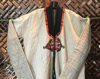 Uzbekistan man's robe with long sleeves