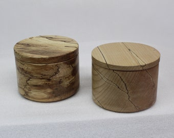 Wood salt cellar in wood, hand-turned, handcrafted, made in Quebec from spalted maple.