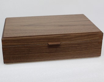 Box for herbal tea or jewelry or to keep your memories  configurable of your choice, handcrafted in Walnut .