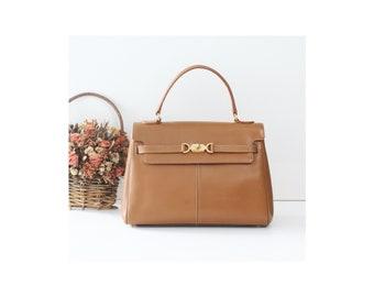 874f02c0c700 Courreges France Camel brown Leather Kelly Bag