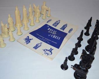 Royal Game Instruction Book with Chess Set - Kingsway Florentine Chessmen - Vintage 1947 - COMPLETE 16 Piece - Black & White Felt Bottom