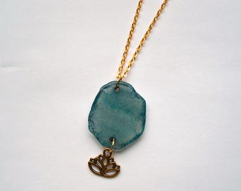 Chain Agate lotus Flower Gold Color