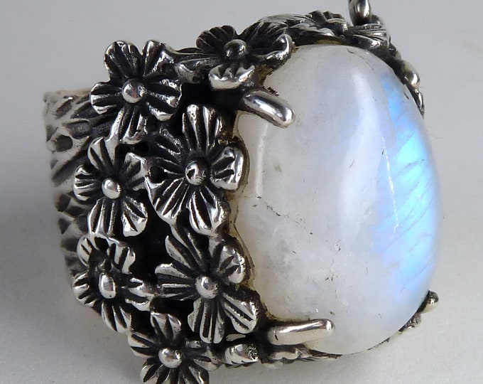 MOONSTONE Garden Statement Ring Solid Silver (US 7.5) SilverSari YGR1008