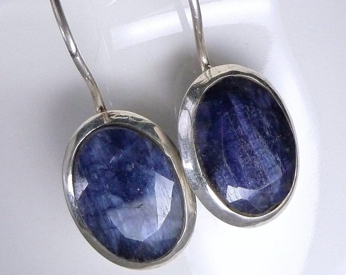 INDIAN SAPPHIRE Gem Solid Silver Hook Earrings SilverSari YEG1277