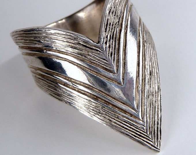 WIDE ARROW Thumb Ring Solid Silver SilverSari YSAR1053