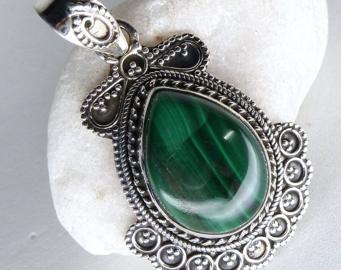 MALACHITE Filigree Drop Pendant Solid Silver SilverSari YPG1071