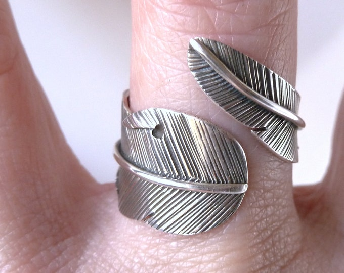 SILVER FEATHER Leaf Wrap Solid Silver Ring (US 6-9 Adjustable) SilverSari YSAR1043