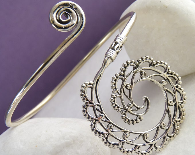 Lace Spiral Cuff Medallion Bangle Bracelet Solid Silver SilverSari YBS1032