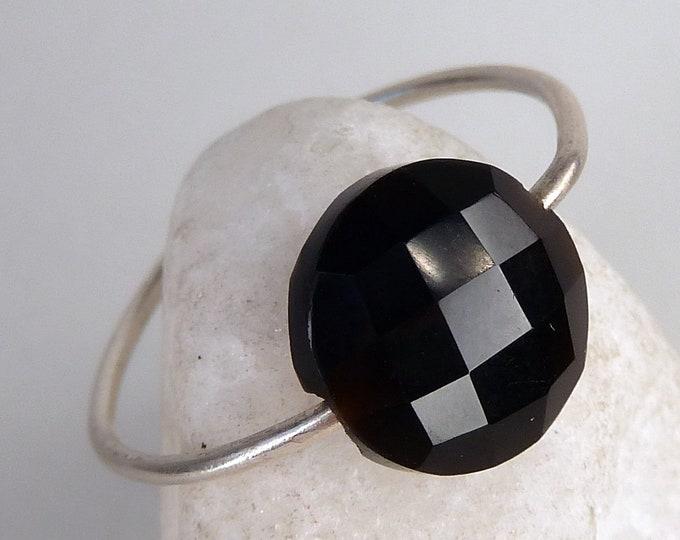 BLACK ONYX Hoop Ring Solid Silver (US 6 3/4) SilverSari YGR1131