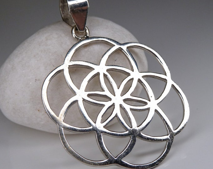 SEED OF LIFE SilverSari Pendant Amulet Solid Silver SilverSari YPS1019
