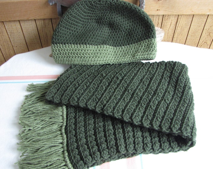 Crocheted Popcorn Winter Scarf and Hat Set Forest Green 100% Acrylic