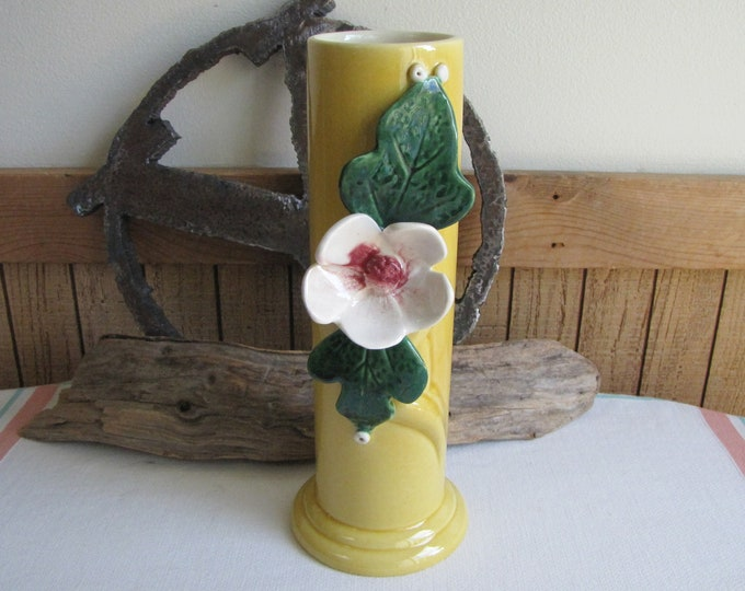 Royal Haeger Yellow Floral Vase Vintage Art Pottery and Home Decor Florist Ware and Flower Arrangements R580 U.S.A.