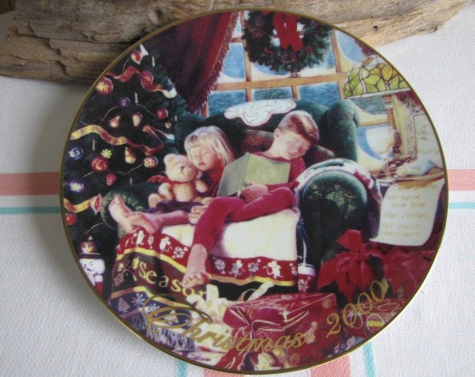 Vintage Avon Christmas Dreams 2000 decorative plate