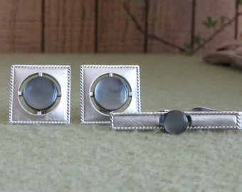 Swank Cuff Links and Tie Clip Men's Vintage Jewelry and Accessories Silver Toned