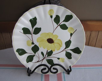 Southern Pottery Blue Ridge plate Yellow Rock Rose