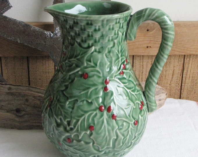 Pinheiro Bordallo Holly Holiday Pitcher Vintage Dinnerware and Replacements