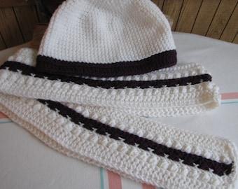 Crocheted winter scarf set white and dark purple 100% acrylic yarn