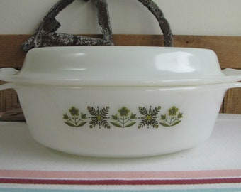 Fire King Meadow Green roaster 1968-1976 Vintage Oven and Cookware