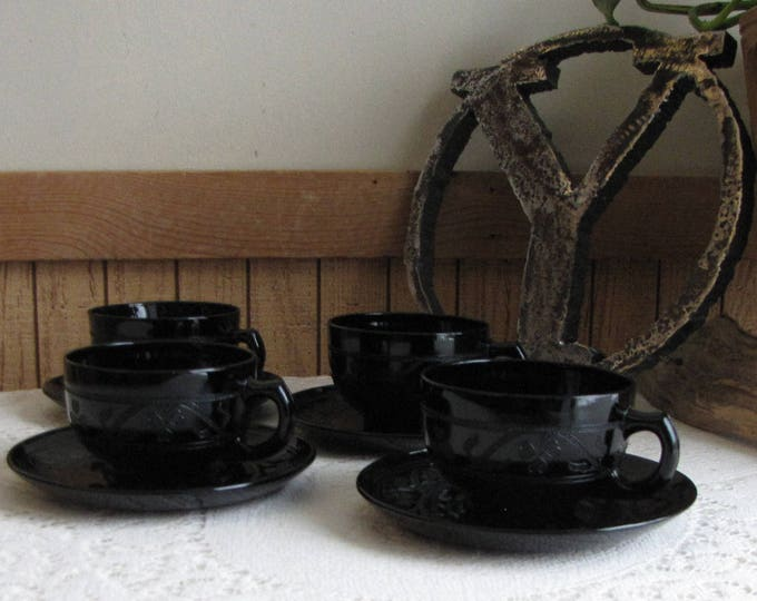 Hazel Atlas Black Cloverleaf Cups and Saucers 1930-1936 Depression Glass Vintage Dinnerware and Replacements Set of Four (4)