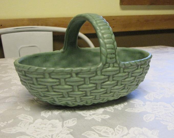 Royal Haeger Green Basket Ceramic Weaved Art Pottery RG101 American Potteries