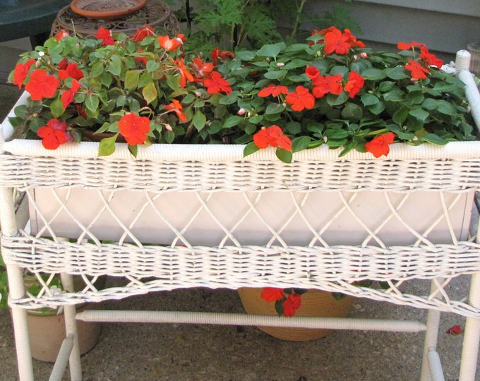 Wicker Plant Stand Vintage Wicker and Patio Furniture Farmhouse Rustic Decor Metal Insert Tray