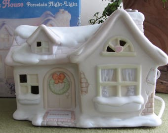 Precious Moments Sugar Town Sammy's House Lighted Figurine Butterfly Symbol 1993 Retired