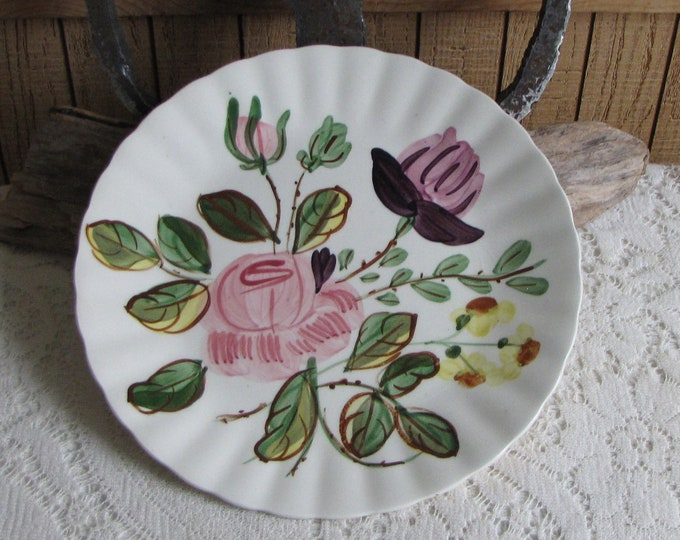 Southern Pottery Blue Ridge June Bouquet Pattern Vintage Farmhouse and Rustic Home Décor Plate Walls