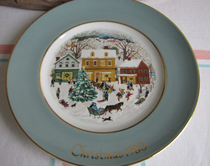 Vintage Avon Christmas Plate 1980 Country Christmas