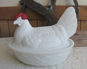 Westmoreland Milk Glass Hen on Nest Vintage Kitchens and Farmhouse Decor