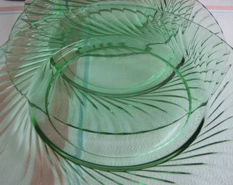 Green Depression Glass Swirled Green Anchor Hocking Luncheon Plates 1930 to 1935 Set of Three (3)