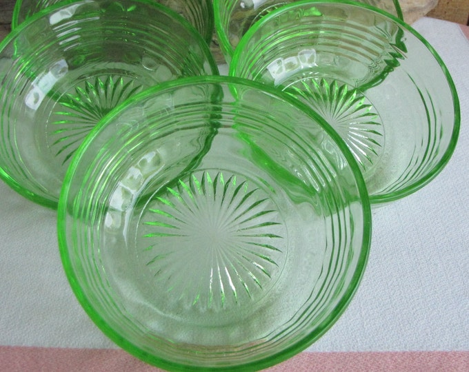 Green Depression Glass Dessert Bowls Anchor Hocking Circle Vintage Dinnerware and Replacements Set of Five (5) 1930 to 1935