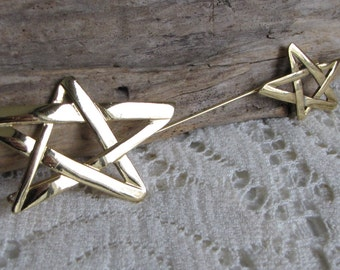 Dual Star Stick Pin Vintage Jewelry and Accessories Large Gold Toned Stars Lapel Pin