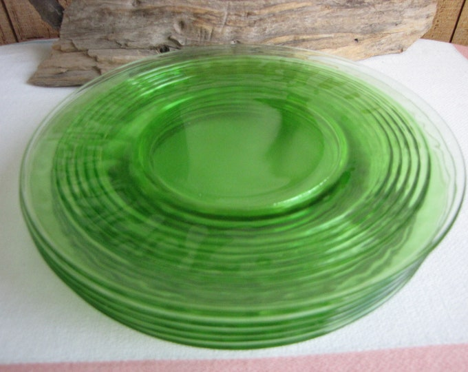 Green Depression Glass Luncheon Plates Anchor Hocking Circle Vintage Dinnerware and Replacements Set of Six (6) 1930 to 1935