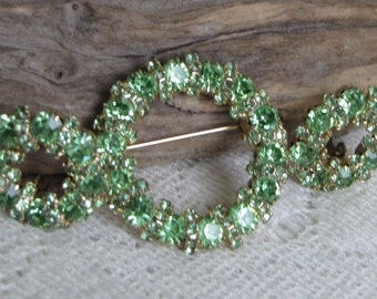 Green Rhinestone Circle Brooch and Clip-on Earrings Vintage Jewelry and Accessories