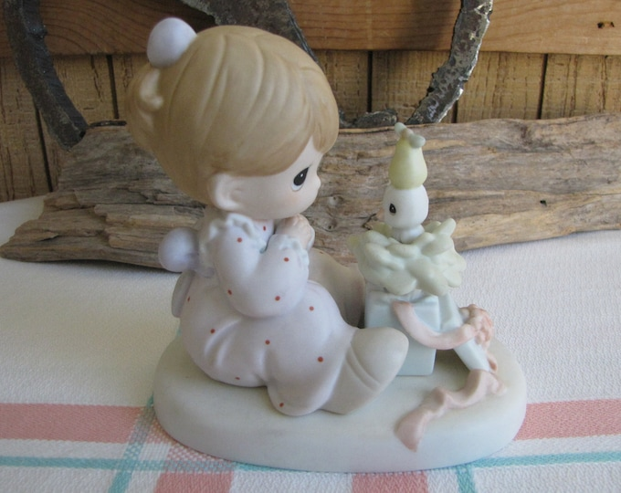 Precious Moments My True Love Gave To Me Heart 1996 Symbol Retired Collectible Figurines