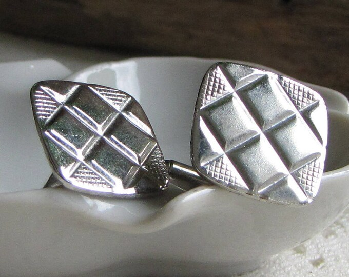 Silver Toned Cuff Links Diamond Geometric Design Men's Vintage Jewelry and Accessories Formal Wear
