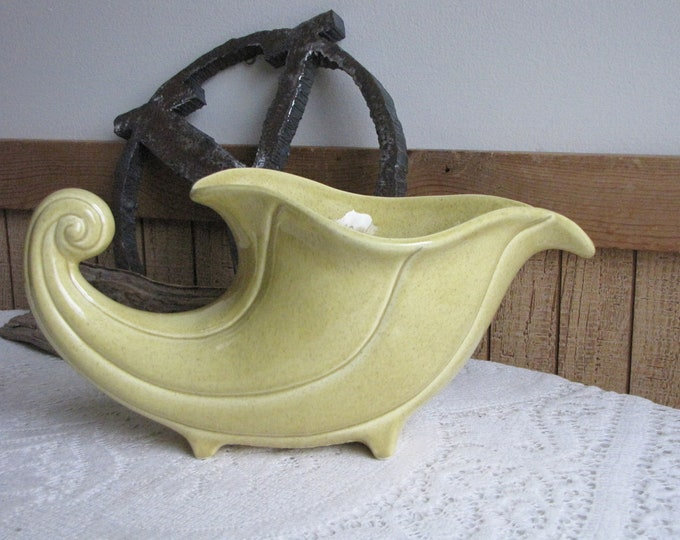 Red Wing Yellow Planter Cornucopia Vintage Planters and Pots Indoor Gardens Thanksgiving Decor