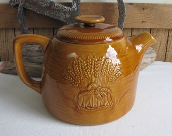 Franciscan Harvest Wheat Teapot Vintage Dinnerware and Replacements 1951 - 1954