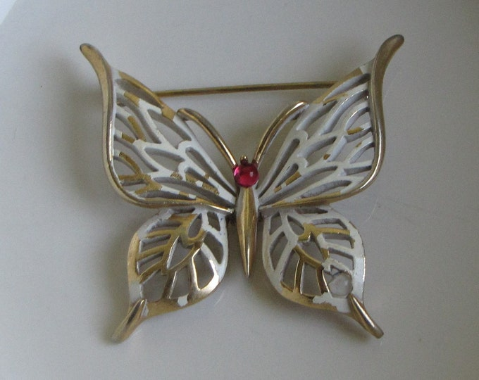 Trifari Butterfly Brooch Vintage Jewelry and Accessories 1955 to 1969 Imperfections