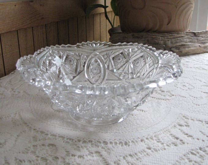 Vintage Crystal Bowl Cut Glass Starburst and Lattice Designed Footed Glass Bowls
