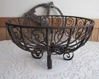 Cast Iron Planter Large, Round Yard Ornament Flower Pots and Outdoor Yard Decor