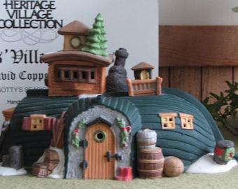 Dicken's Village Series David Copperfield Peggotty's Seaside Cottage Lighted 1989-1992