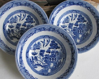 Blue Willow Bowls Ridgway Antique Dinnerware and Replacements Set of Three (3) Cereal Bowls Circa 1840s